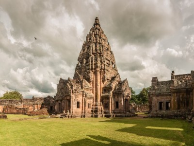 Phanom_Rung_Wikimedia_Commons